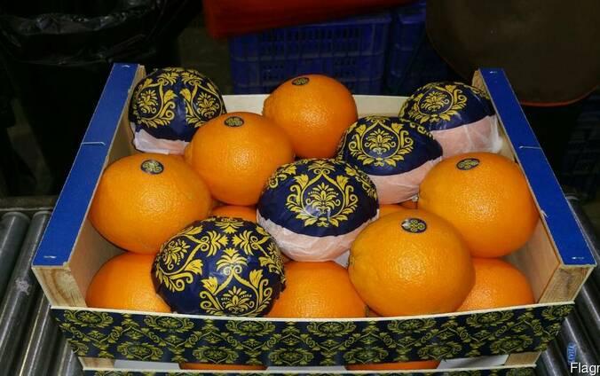 Апельсины.
