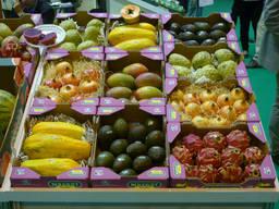 Фрукты, овощи и продукты из Испании