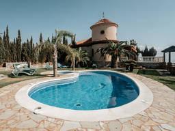 Котедж Отель в Испании