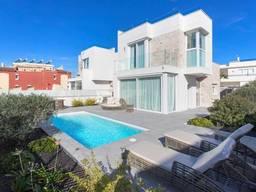 Недвижимость в Испании, Новая вилла в Торревьеха